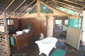 44A_IMG_9346   Chiawa Camp, safari accommodation in Zambia's Lower Zambezi National Park.  © ADAMS / HANSEN STOCK PHOTOS